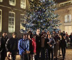 Flotantes, humanos, de libros...Los árboles Navidad más espectaculares