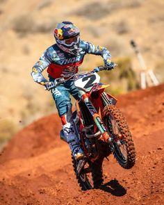 Roket Motocross — with Cooper Webb… Just over two. Ktm Dirt Bikes, Cool Dirt Bikes, Dirt Bike Racing, Dirt Bike Girl, Motorcycle Touring, Dirt Biking, Auto Racing, Ducati Motorcycle, Girl Motorcycle