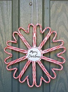 DIY Heart Candy Cane Wreath diy christmas diy ideas candy canes christmas crafts christmas decorations christmas crafts for kids chistmas wreath Noel Christmas, Winter Christmas, All Things Christmas, Christmas Wreaths, Christmas Ornaments, Christmas Candy, Christmas Photos, Homemade Christmas, Dough Ornaments