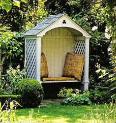 NEED this in my back yard as a reading nook!!!!!!!!