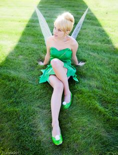 Character: Tinker Bell / From: Walt Disney Animation Studios 'Peter Pan' / Cosplayer: Courtney E Morlock (aka Courtoon) / Photo: LJinto (2012)