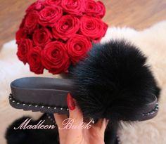 Klapki z naturalnym LISEM. , 159,00zł, zamówienia składamy w sklepie na stronie madleen.pl. Fur Slides, Sandals, Fashion, Moda, Shoes Sandals, Fashion Styles, Fashion Illustrations, Sandal