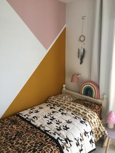 Mustard and geometric shapes - For the Home - Kinderzimmer Bed Wall, Bedroom Wall, Kids Bedroom, Bedroom Decor, Room Interior, Interior Design Living Room, Scandinavian Kids Rooms, Deco Kids, Big Girl Rooms