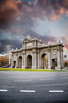 Door of Alcalá in Madrid, sunlight