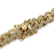 This men's yellow gold diamond chain is in a league of its own. With approximately 27 carats of the finest white diamonds, this men's diamond chain is perfect to fit your lavish lifestyle Diamond Chains For Men, Gold Chains For Men, Expensive Jewelry, Men Necklace, Gold Jewelry, Chain Jewelry, Jewelry Making, Men Image, Natural Jewelry