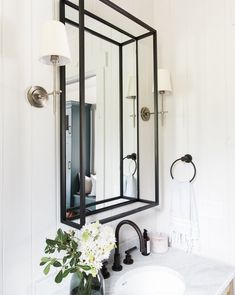 Industrial Home Furniture Options – Industrial Decor Magazine Industrial Mirrors, Vintage Industrial Decor, Industrial Bathroom, Industrial House, Industrial Design, Industrial Style, Modern Bathroom Cabinets, Restroom Cabinets, Kitchen Cabinets