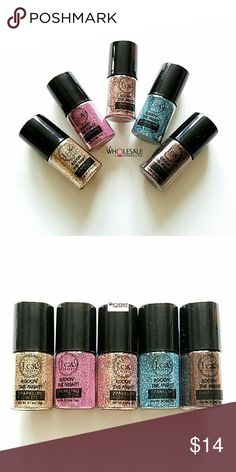 5x Jcat Sparkling Glitter Powders Set of 5 J. Cat Rockin the Night Sparkling Powder Glitters for Eyes, Face, Body and Nails - All Brand New & Sealed   * Gatsby's Party * Tickle Me Pink  * Champagne Kiss * Winter Icicle  * Gingerbread Sugar J. Cat Beauty  Makeup Eyeshadow