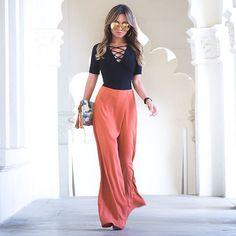 But I love it   Loving all your comments and questions about this look! Wanted to give you the deets one more time and you can always find shop links on the blog  mywhiteT.com! Happy weekend lovas!  #frames @lindafarrow  #top @reformation  #pants @shopfashiontherapy  #clutch @zarausa by jessimalay