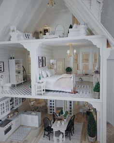 Furniture Craft Plans 377387643775954552 - Tutorials — Jessica Cloe Miniatures Source by Mini Doll House, Barbie Doll House, Barbie Dream House, Best Doll House, Dreamhouse Barbie, Modern Dollhouse Furniture, Doll Furniture, Garden Furniture, Barbie House Furniture