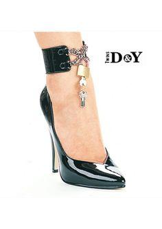 da728a9def3  lipstick  style  shoes  model  high heel  كعب عالي  كعب  شوز