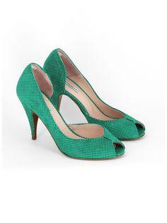 >>>Cheap Sale OFF! Lv Shoes, Me Too Shoes, Shoes Heels, Pumps, Pretty Shoes, Beautiful Shoes, Princess Shoes, Shoe Show, Vintage Shoes