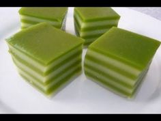 Page not found - Resep Makanan Indonesia Jelly Desserts, Layered Desserts, Cookie Desserts, Indonesian Desserts, Asian Desserts, Indonesian Food, Prawn Noodle Recipes, Malaysian Dessert, Asian Cake