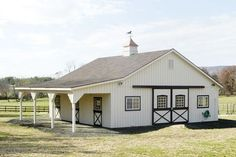 Adorable Barn - Very classic black and white. Six stall barn. Dream Stables, Dream Barn, Horse Stables, Horse Farms, Small Horse Barns, Barn Stalls, Horse Barn Plans, Barns Sheds, Prefab Barns