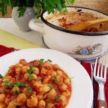 Romanian Food, Romanian Recipes, Vegan Recipes, Vegan Food, Chana Masala, Food And Drink, Dishes, Vegetables, Cooking