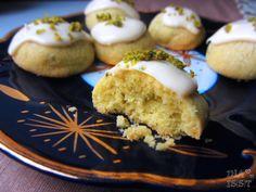 Ina Is(s)t: Pistazienplätzchen mit weißer Schokolade / Pistachio Cookies with white Chocolate