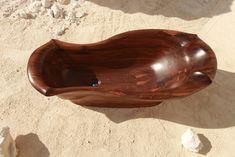 Dřevěná vana VORVAN - ořech http://podlahove-studio.com/content/40-drevene-koupelny-drevene-vany-a-umyvadla