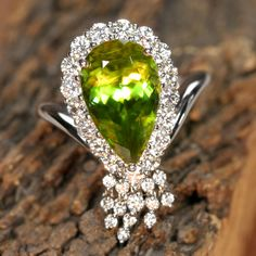 Sphene ring