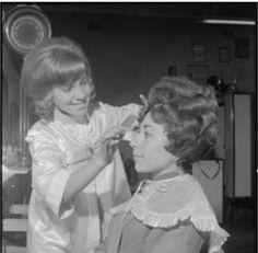 poster ddr friseursalon f r frauen 1969 salons vintage hair and vintage hair salons