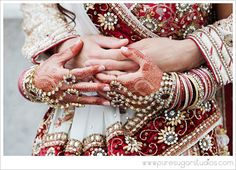 Wedding Mehndi and Bangles! Wedding Mehndi, Desi Wedding, Wedding Ideas, Wedding Stuff, Wedding Inspiration, Desi Love, Akad Nikah, Hand Jewelry, South Asian Wedding
