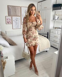 Party Dresses For Women, Cheap Dresses, Cute Dresses, Vintage Dresses, Dressy Outfits, Boho Outfits, Fashion Outfits, Classy Going Out Outfits, Bodycon Dress With Sleeves