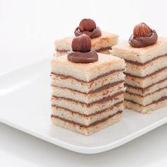 Gâteau rayé au Nutella® et aux noisettes - Chocolat & Caetera
