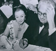"""oldhollywooddiva:  """" Vivien Leigh and producer of Gone with the wind David Selznick.  """""""