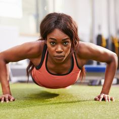 When you are in a crunch for time try this intense workout you can do in 5 minutes. This fast-paced workout routine will tone and sculpt your entire body. This will become your go-to workout as soon as you feel the burn and see the results.