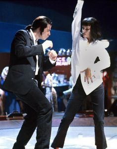 John Travolta and Uma Thurman Pulp Fiction Disfraz Pulp Fiction, Pulp Fiction Costume, Quentin Tarantino, Tarantino Films, John Travolta, Uma Thurman Pulp Fiction, Bruce Willis, Mia Wallace, Last Minute Costumes