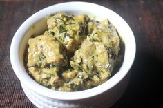 Delicious and creamy methi malai chicken which taste great with rice or roti. This gravy goes perfect with pulao as well. Indian Chicken Recipes, Easy Chicken Recipes, Quick Recipes, Indian Food Recipes, Cooking Recipes, Cantonese Chicken Recipe, Methi Chicken, Curry Recipes, Easy Meals