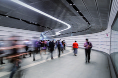 Completed in 2016 in Sydney, Australia. Images by Trevor Mein . In the heart of Sydney sits Wynyard Walk: a fully accessible pedestrian link designed around the concept of 'flow'. The design challenges the. Australian Interior Design, Interior Design Awards, Commercial Interior Design, Commercial Interiors, Oz Architecture, Residential Building Design, Urban Intervention, Precast Concrete, Reinforced Concrete