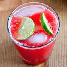 Jalapeno Watermelon Limeade Recipe Beverages with seedless watermelon, lime, jalapeno chilies, vodka Refreshing Drinks, Summer Drinks, Fun Drinks, Healthy Drinks, Beverages, Vodka Drinks, Party Drinks, Mixed Drinks, Healthy Tips