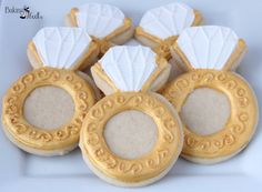 Listing is for one dozen (12) hand decorated Diamond Ring cookies. Cookies can be done in Gold shown or in silver found here>