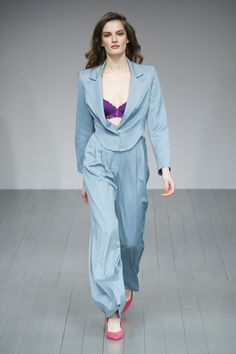 Marta Jakubowski FW 2018 Ready-to-wear London Collection - Vogue