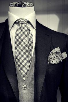 zu finden in unserem eBay-Shop unter http://stores.ebay.de/jkkonfektion/pages/stoffauswahl  In unserem Shop bieten wir Ihnen die größte Auswahl an #Anzügen und #Sakkos die Sie in Ebay finden werden. Sie haben die Möglichkeit den Stoff, den Schnitt, die Form, alle Ausstattungsdetails für Ihren #Anzug oder Ihr #Sakko selbst zu wählen. In jeder Größe! Ganz individuell - einfach einzigartig!
