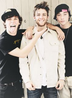Keaton's tongue, Drew's adorableness and Wes's smolder... I just can't handle this picture.