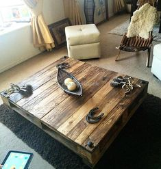 pallets vintage style table
