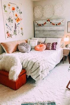 Cheap Bedroom Makeover Design Ideas - One picture is not enough, visit the site to find another inspirations. Cute Room Ideas, Cute Room Decor, Room Decor Bedroom, Bedroom Ideas, Bedroom Inspo, Boho Teen Bedroom, Flower Room Decor, Boho Dorm Room, Comfy Bedroom