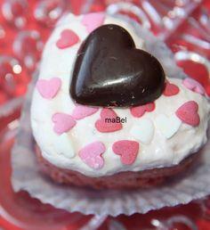 Marmelade cupcake - Cup cake de mermelada  http://decoraciondemabel.blogspot.com.es/2013/02/cupcake-de-mermelada-con-o-sin-azucar.html