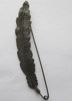 Kilt Pin / Shawl Pin Fern by TheIrishKnittingRoom on Etsy Shawl Pin, Kilt Pin, Kilts, Ferns, Shawls, Brooch Pin, Antique Silver, Brooches, Great Gifts