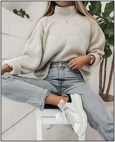 winter outfits for work . winter outfits for going out . winter outfits for school . Comfortable Winter Outfits, Cute Comfy Outfits, Stylish Outfits, Cute Jean Outfits, Comfortable Clothes, Comfy Casual, Winter Fashion Outfits, Look Fashion, Fall Outfits