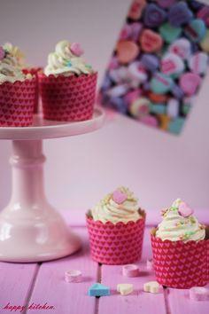 Happy Kitchen.: Walentynkowe babeczki z kremem cukierkowym (z cuki...