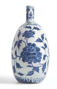 AN EXTREMELY RARE BLUE AND WHITE 'PEONY' MOONFLASK<br>MING DYNASTY, YONGLE PERIOD | Lot | Sotheby's