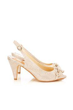 Wallis Metallic Chain Trim Shoe from TheShoppingTrend High Heels, Shoes Heels, Pumps, Flats, Brogues, Loafers, Wallis, Gold Chains, Kitten Heels