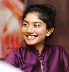 Image may contain: one or more people and closeup Indian Film Actress, Indian Actresses, Sai Pallavi Hd Images, Hd Photos Free Download, Indian Women Painting, Pencil Drawings Of Girls, Prettiest Actresses, Indian Bridal Fashion, Photo Today