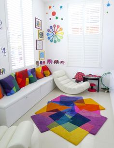 Boho Dining Room Decor - What do you put in the middle of a dining table? Boho Dining Room Decor - What else can you use a formal dining room for? Living Room Decor Colors, Dining Room Colors, Colourful Living Room, Bedroom Decor, Tapis Design, Rainbow Room, Rainbow House, Modern Area Rugs, Home And Deco