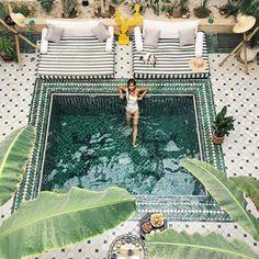 Essere in possesso di piccoli #giardini non vuol dire necessariamente rinunciare al #lusso ai piaceri o alle #comodità basta semplicemente ridimensionare il tutto alle giuste dimensioni con un po di inventiva: perché quindi non realizzare delle piccole piscine interrate? Visita il nostro #Showroom ad #Avola in via #Siracusa 88 ---> http://ift.tt/2hbGm18 - #pool #piscina #green #swimmingpool #garden #creativity #bagno #interiordesign #inspiration #home #interior #Sicilia #Sicily #arredamento…