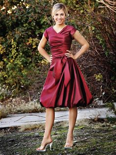 taffeta knee-length v-neck bridesmaid dresses with sleeves BD356... so prettt and modest.. and love the color too