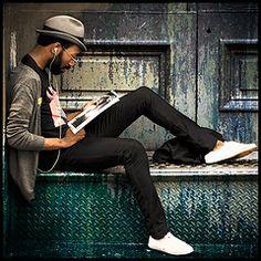 5 razones por las que ser hipster sale caro: http://manualdestilo.wordpress.com/2011/08/14/5-razones-por-las-que-ser-hipster-sale-caro/