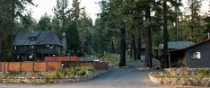 Love going back in time @ Lake Tahoe and staying in these quaint little cabins:)