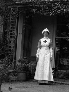 Tommy's saviours: A tribute to the often forgotten nurses of no-man's land